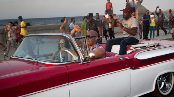 Vin Diesel, Michelle Rodriguez en cuba