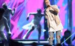 Justin Bieber sufre tremenda caída en