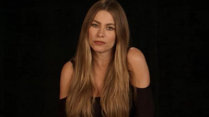 49 famosos rinden tributo a víctimas
