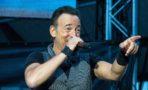 Bruce Springsteen canta dueto con niña