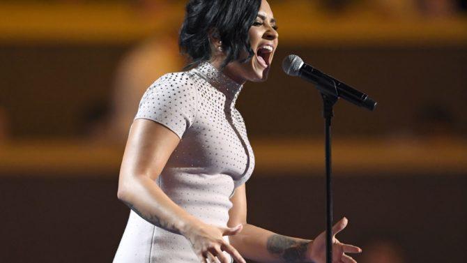 Demi Lovato en la convención nacional