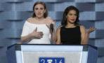 Lena Dunham y America Ferrera