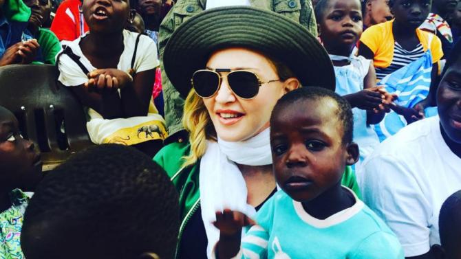 Madonna y sus hijos Rocco y