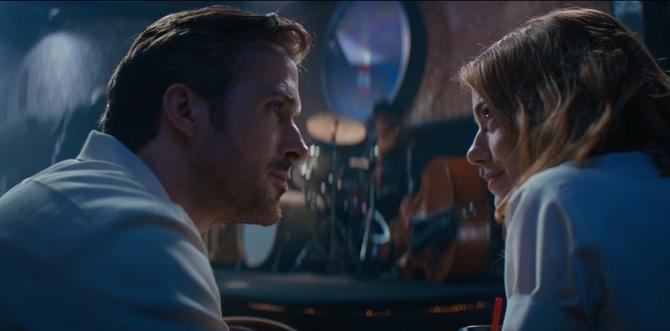 Ryan Gosling canta en el primer