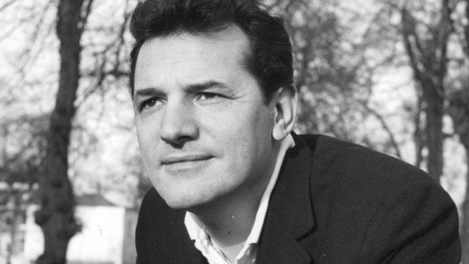 Muere Steven Hill, de la serie