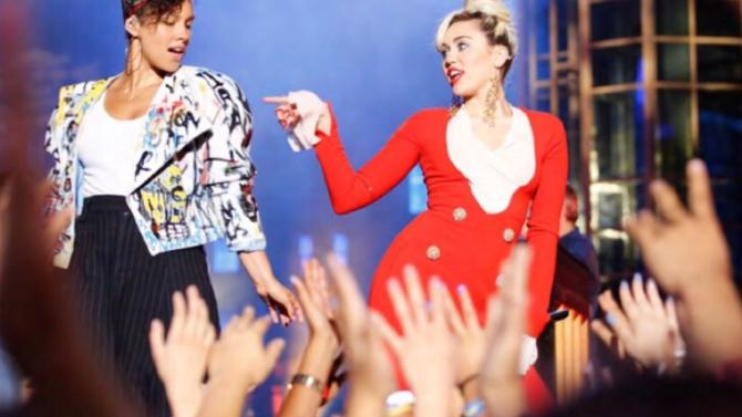 Miley Cyrus y Alicia Keys hacen