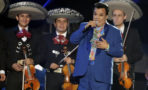 Juan Gabriel domina listas de Billboard
