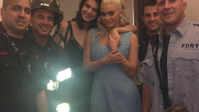 Kendall y Kylie Jenner quedan atrapadas