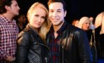 Anna Camp y Skylar Astin Pitch