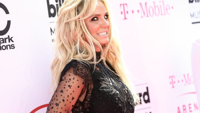 Britney Spears Billboard Music Awards, Arrivals,