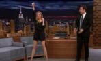 Renée Zellweger baila como porrista en
