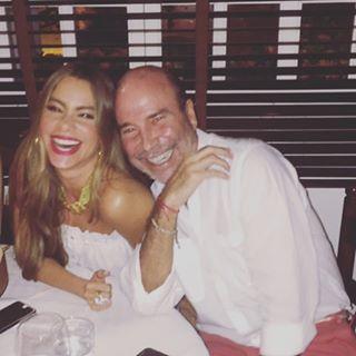 Sofía Vergara lamenta muerte del empresario