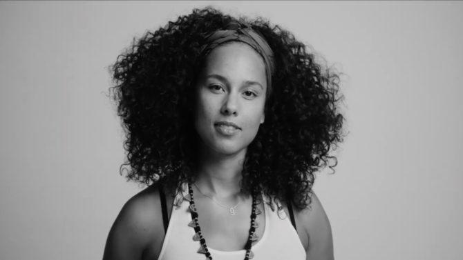 Video Alicia Keys apoya Hillary Clinton