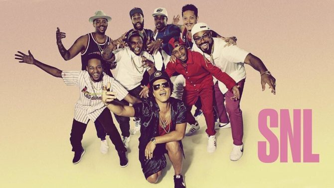 Bruno Mars interpreta '24K Magic' en