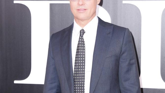 Amplían investigación Brad Pitt abuso infantil