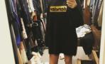 Behati Prinsloo publica primera selfie tras