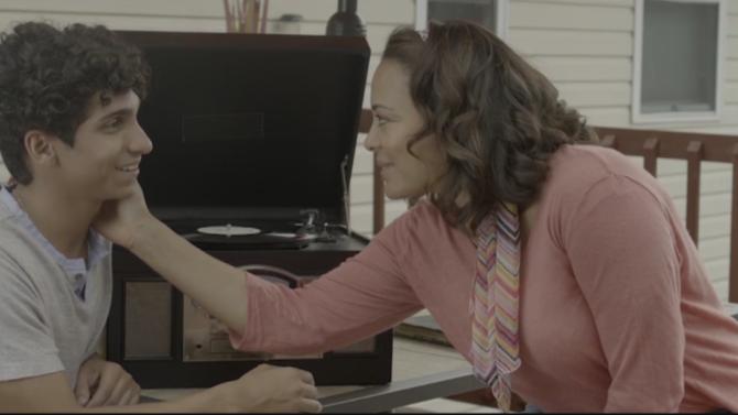 Lauren Velez Helps Son Battle Drug