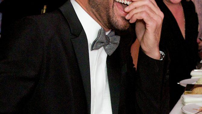 Felicitan Twitter Ricky Martin equivocado compromiso