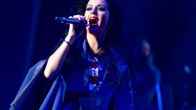 Katy Perry cancela concierto en China