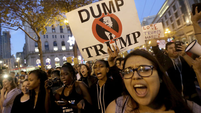 Protesta contra Trump en California