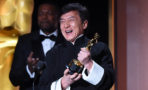Jackie Chan recibe Oscar honorífico tras